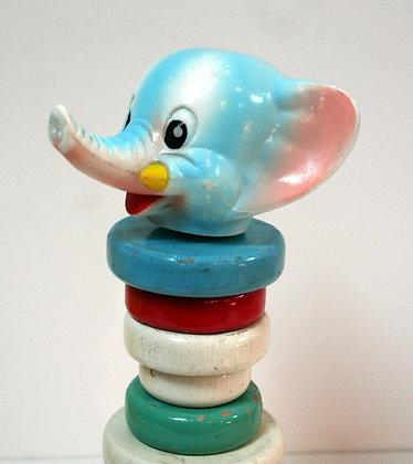 Tour à empiler éléphant