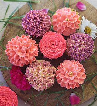 flower cupcake class.jpg