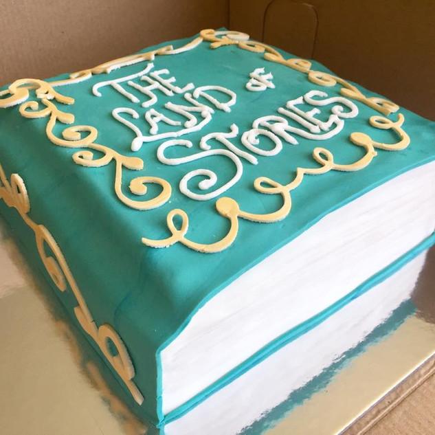 land of stories cake.jpg