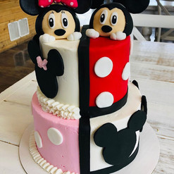 mickey and minnie cake.jpg