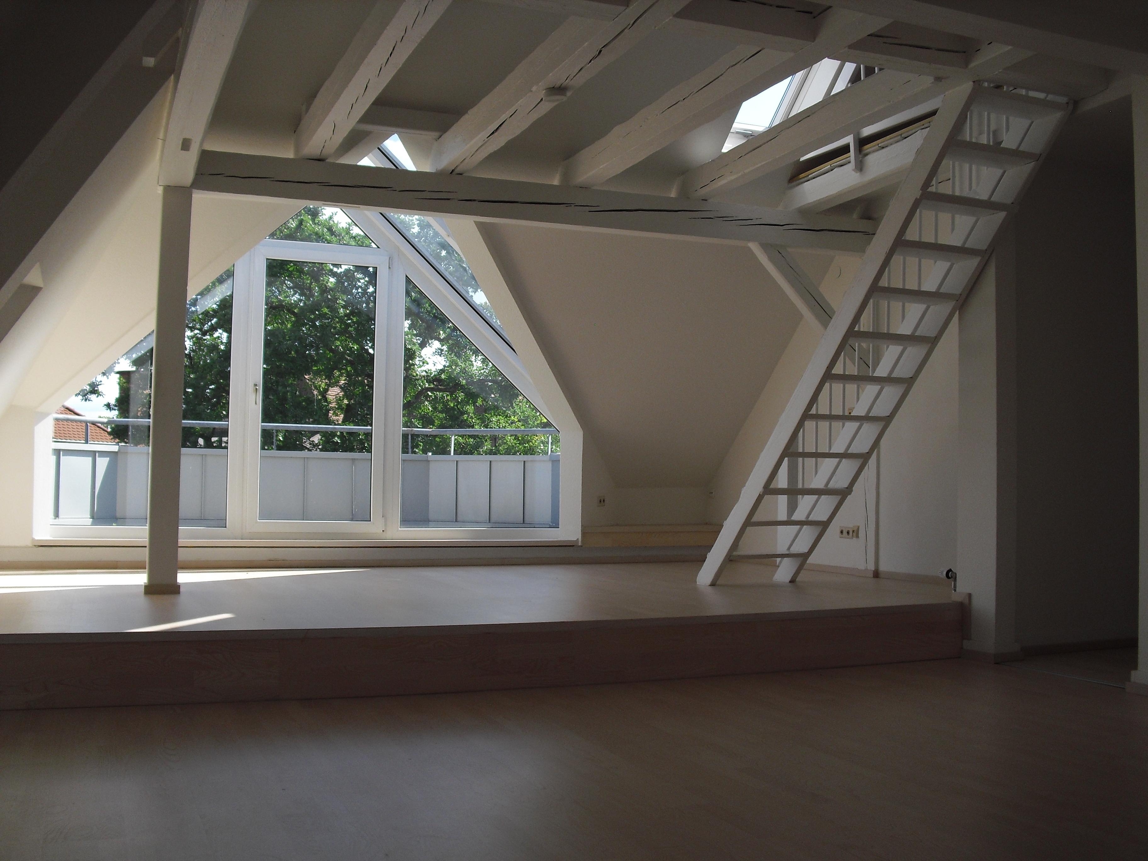 Vermietung Dachgeschosswohnung