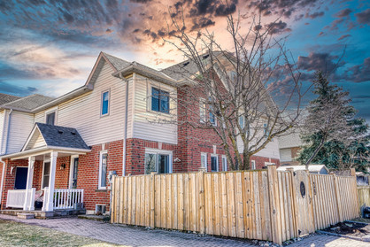 29 Thornlodge Dr