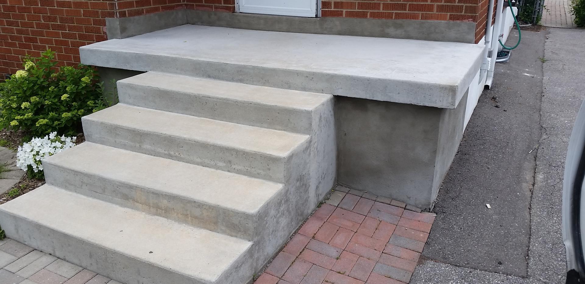 Poured Concrete Steps 1_1
