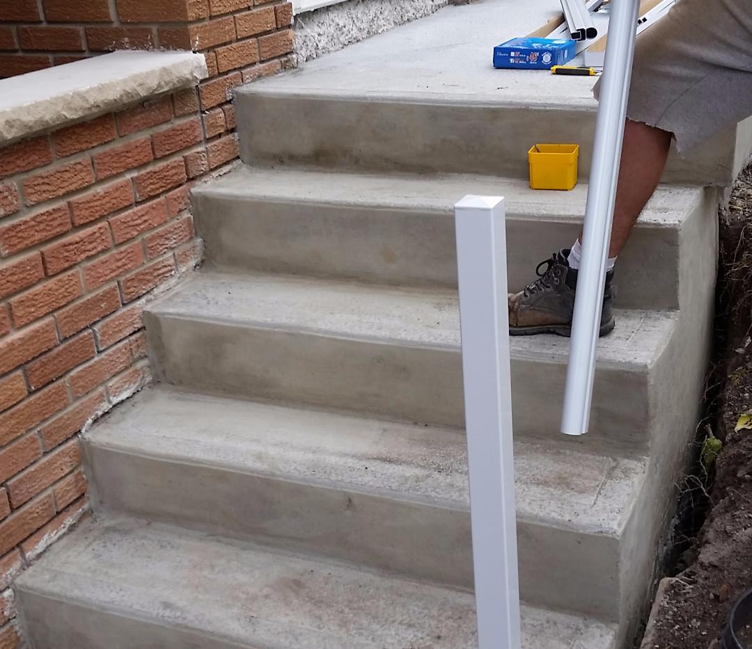 Poured Concrete Steps 3_2