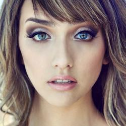 📷 _cydexia __ model _taralynkate __ #beautyshot #upclose #makeup #contour #lips #eyes #eyeshadow #l