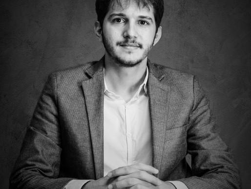 O amigo advogado, Andrey Levi: retrato de um perfil profissional
