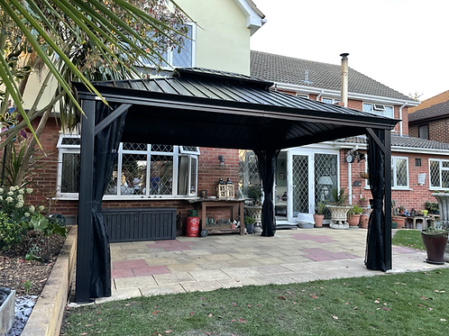 Medusa 10x14 Galvanized Roof with Curtain Sides
