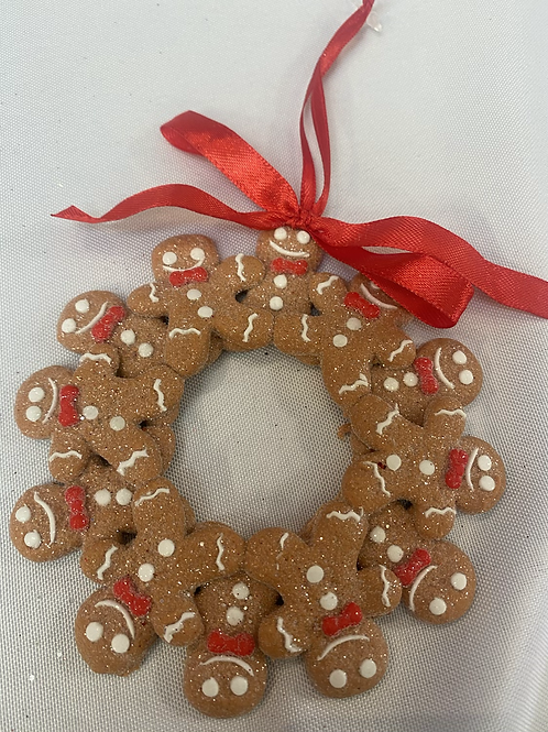 Hanging gingerbread hoop