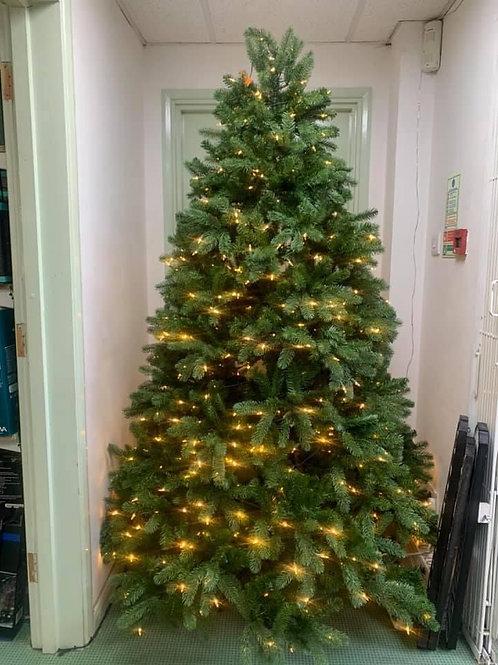 7ft Newbury spruce 700 warm white lights