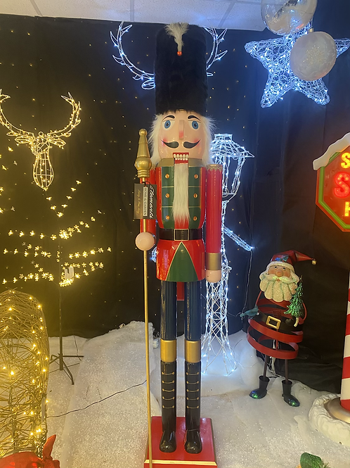 6ft Traditional colossal nutcracker (Michelle & marks)