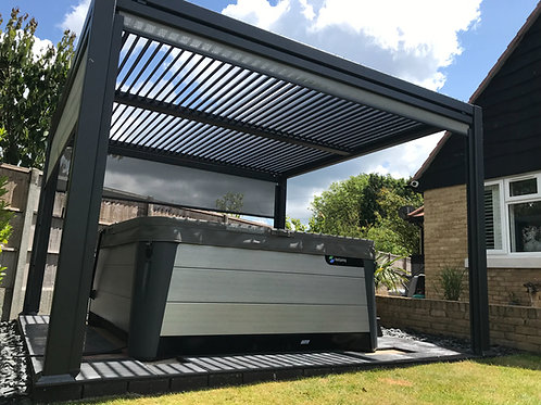 3.6m x 3.5m Maranza Vented Roof With Side Option