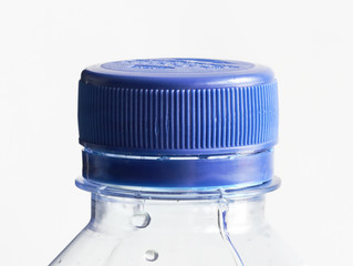 Eau en bouteille VS eau du robinet