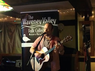 Richard Sutton, live and acoustic, at the waveney Valley Folk Collective