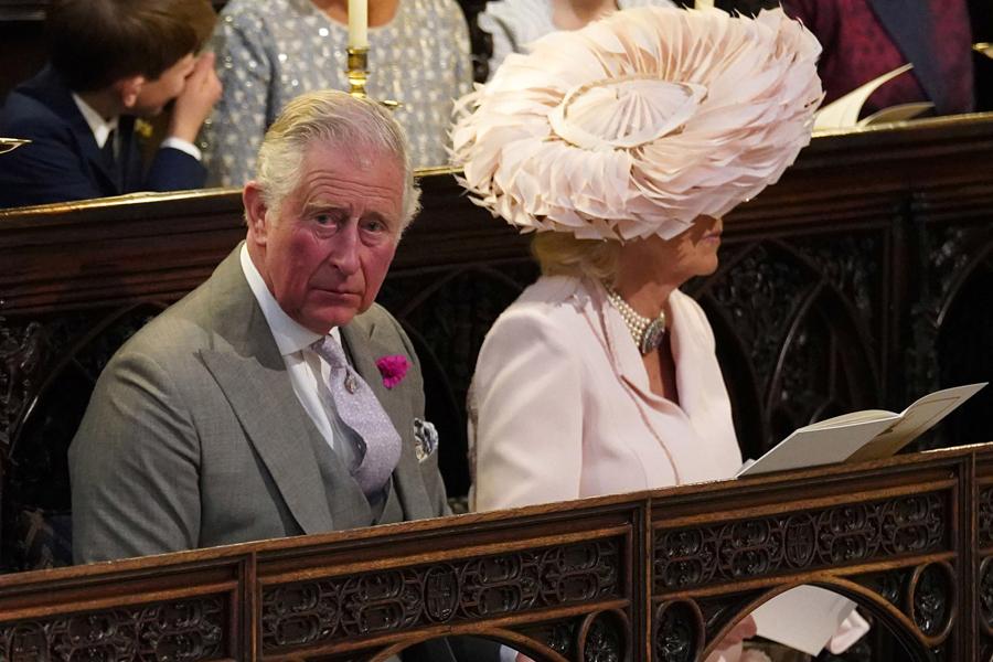 El príncipe Carlos con esposa Camila