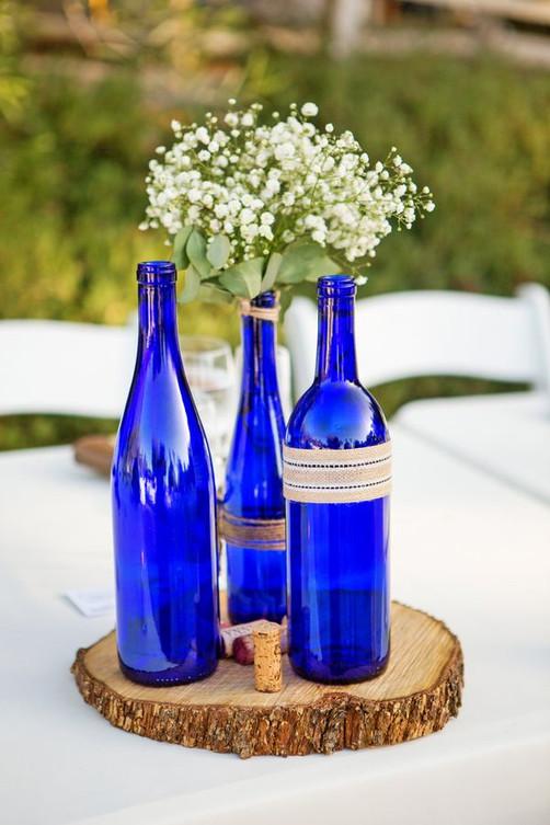 azul_electrico_boda_deco_botellas.jpg