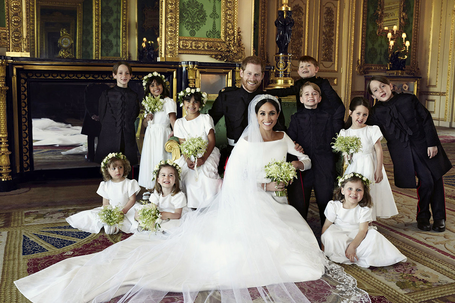 Los recién casados y el cortejo