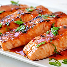 GRILLED SALMON + SWEET CHILI SAUCE