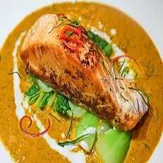 GRILLED SALMON CURRY