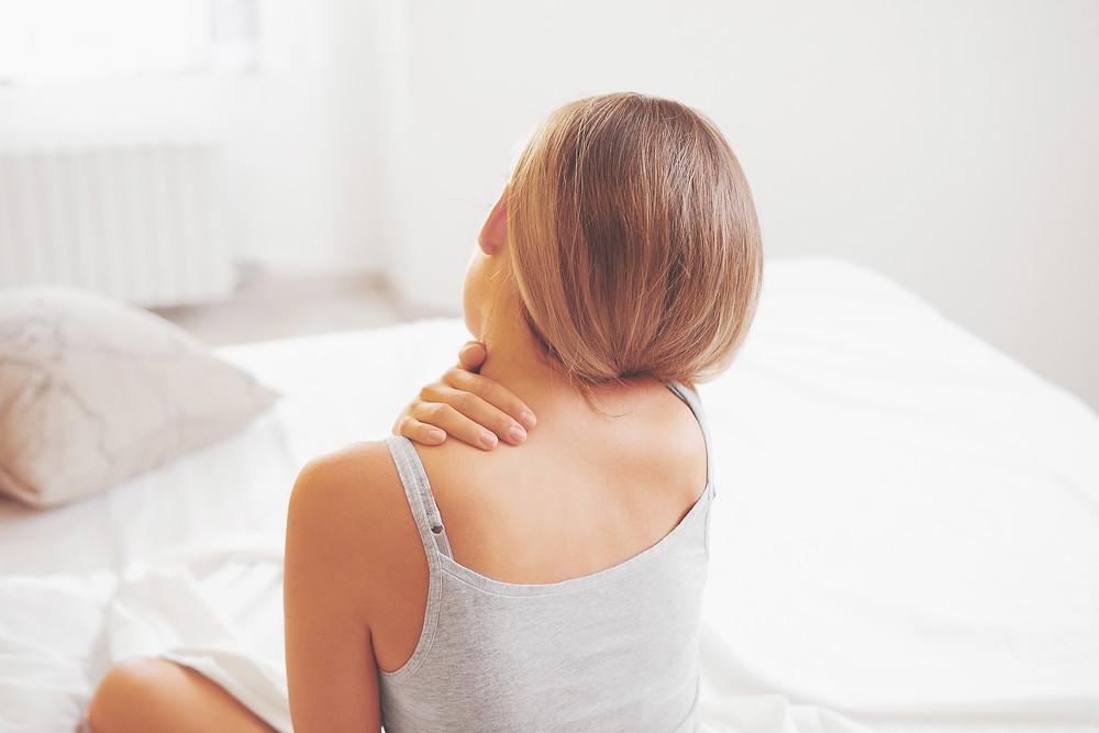 Votre ostéopathe sur Besançon pour soulager vos douleurs de dos, vos difficultés digestives, votre sommeil perturbé, vos maux de tête. Pensez à l'ostéopathie!. Christine Bonnet