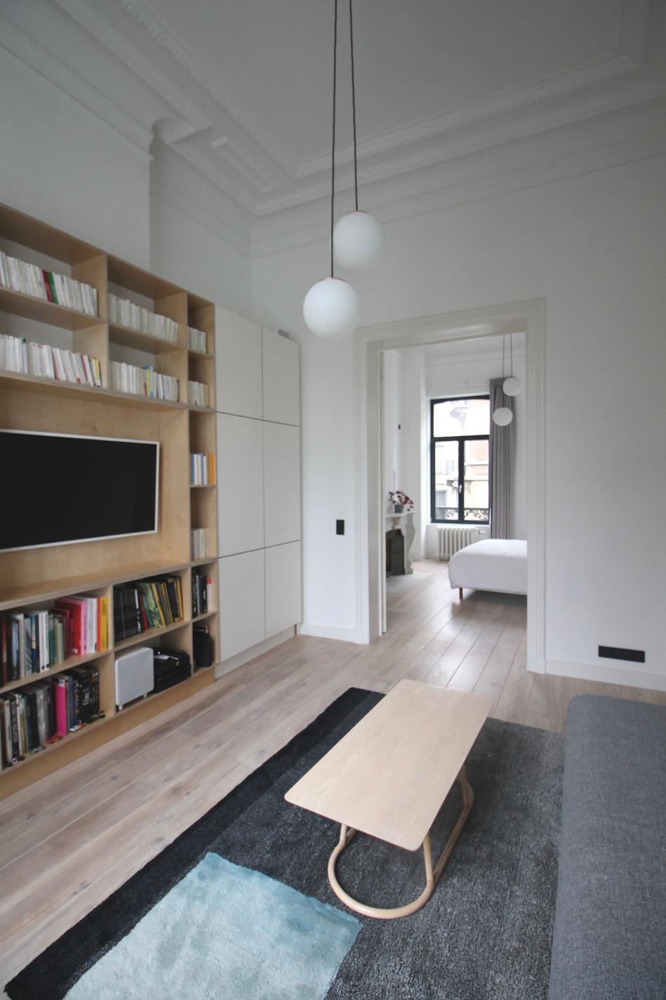 Bookshelf made to measure
