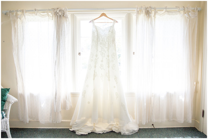 ainsley_house_wedding_picture_0002.jpg