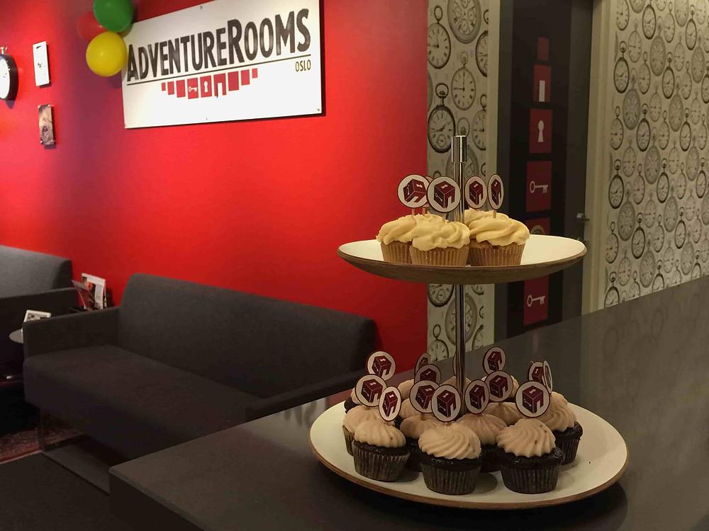 Mini-cupcakes AdventureRooms 2 års-fest fra Piccolina Oslo