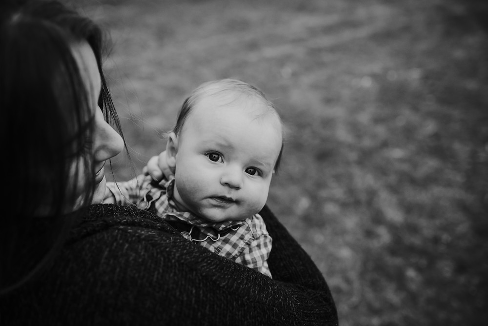 red deer photographer, family photographer, lifestyle photographer, mom and baby,