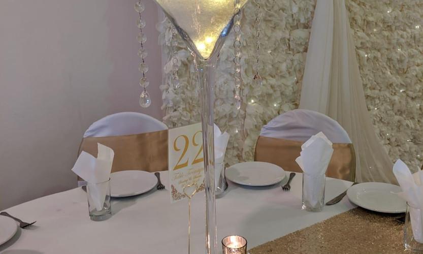 Martini vase cream foam head LED lights