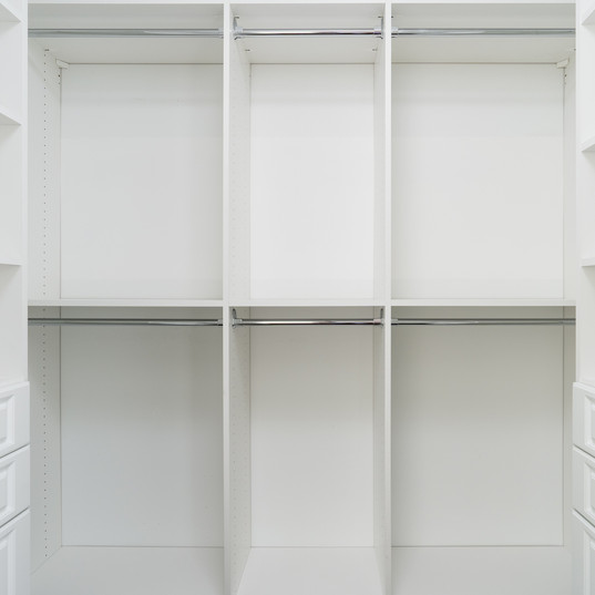 Master Closet (Hers)