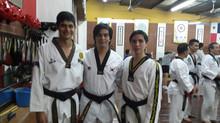 Primer cinturón negro de la Academia Taekwondo Leon