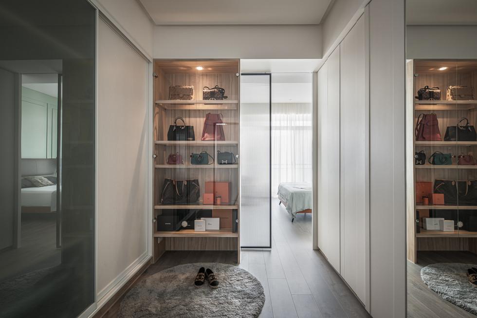 Interiors-14.jpg