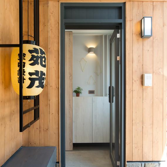 Interior-08.jpg