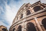 Arquitetura antiga arruinada