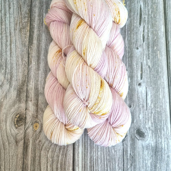 HighTwist Sock Merino - Stiefmütterchen rosa