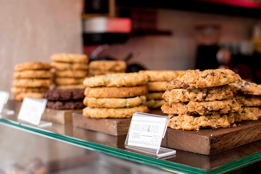 there are the delicious cookies of the Republique of Coffee. If u are in a hurry just grab a couple for the route!