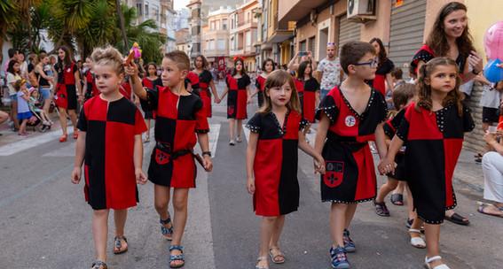 Desfilada infantil. Conqueridores 2019