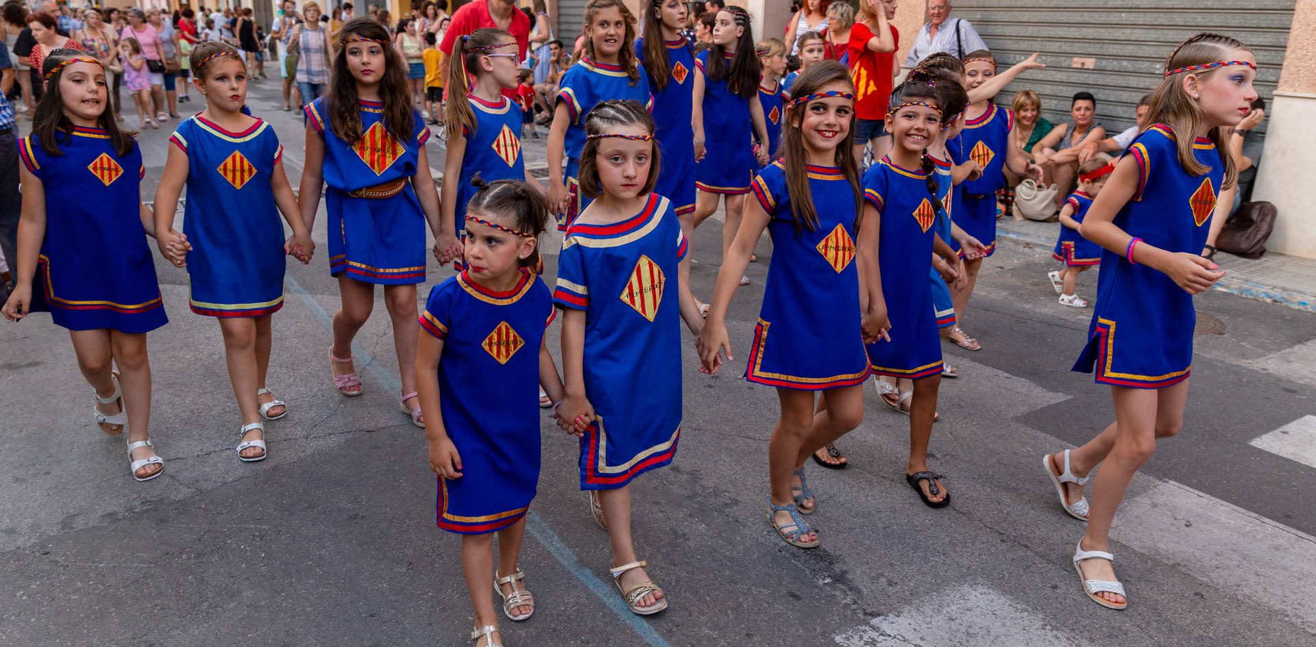 Desfilada infantil. Almogàvers 2019