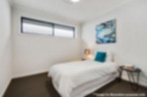 Bedroom (002).jpg