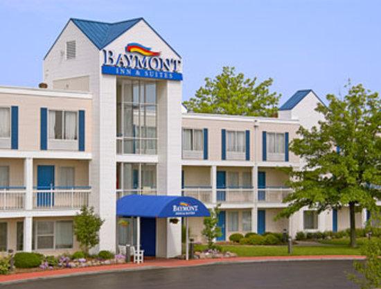 Baymont Inn & Suites - Peoria, IL