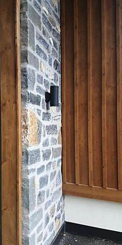 détail mur pierre