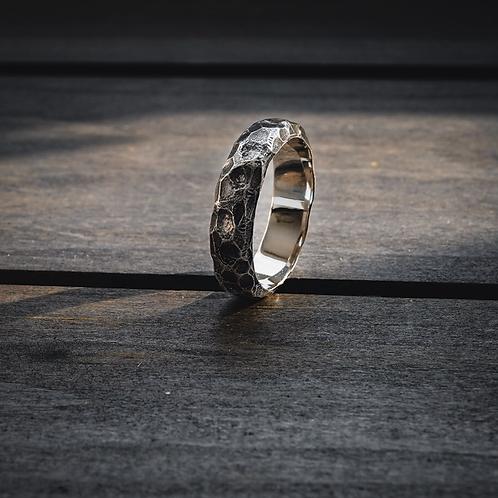 Boulder Band Ring