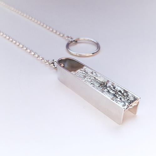 Textured Lariat Necklace