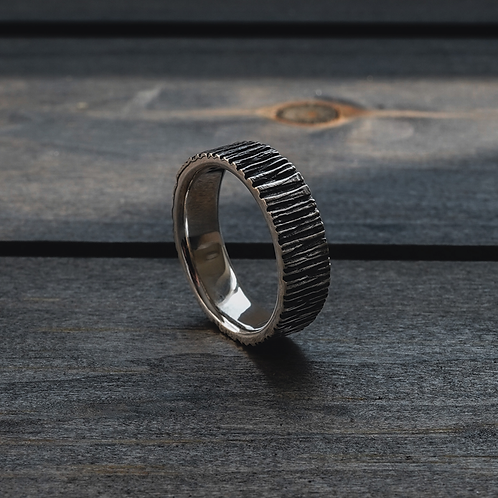 Woodlands Band Ring