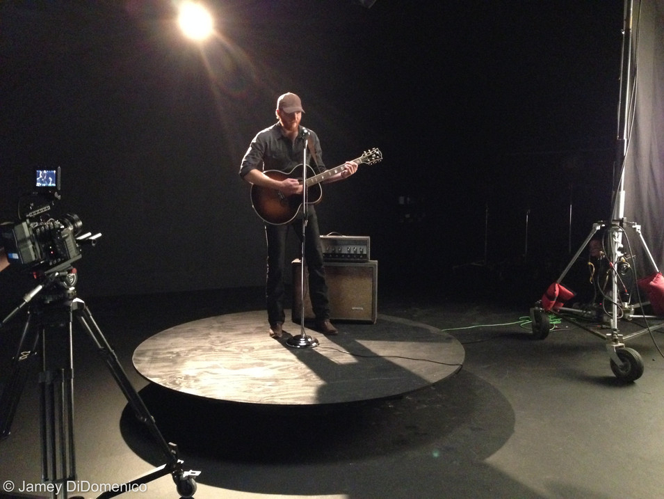 Eric Paslay - Song About A Girl - Set Photo