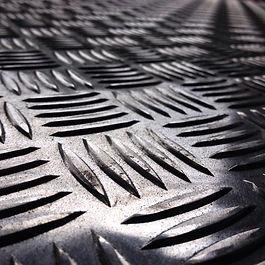 Aço Inox e Chapa de Aluminio Xadrez