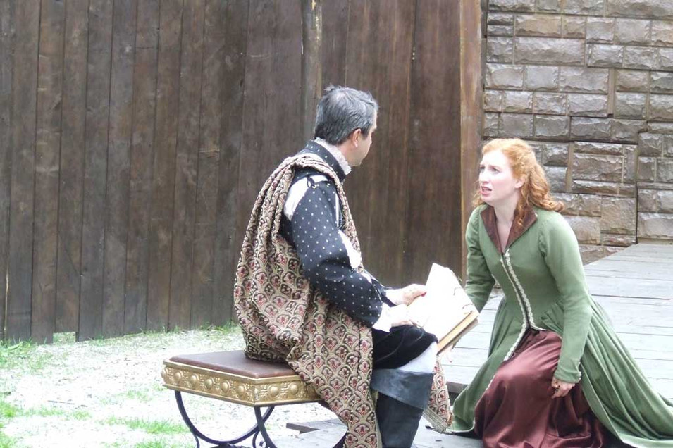 Isabella pleads to Angelo