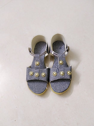 Girls' Stylish Grey Sandals