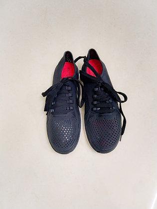Aqua Sneakers water proof
