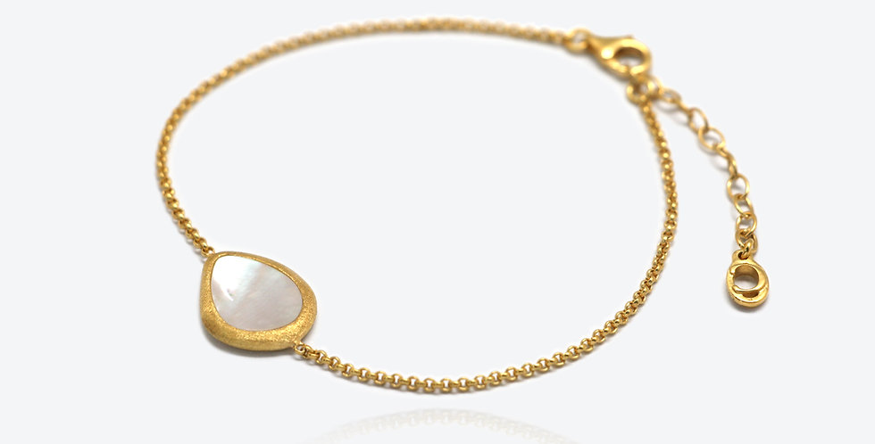 Artisanal Pearl Bracelet #563P179B2