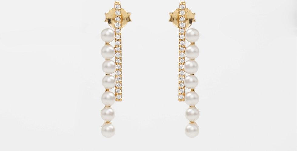 Modern Pearl Earring 504E40